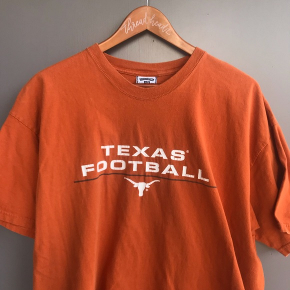 4fa69528 ... Shirt Made in USA. Vintage. M_5c71f43803087c61cf1c1b6c.  M_5c71f439c6177781ceb12013. M_5c71f43b9539f7c3db720931.  M_5c71f43dc89e1dfcee1ba448